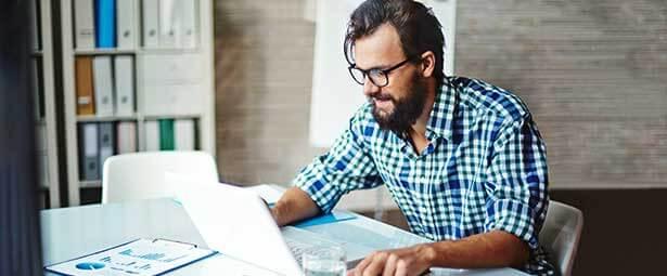 ¿Cómo convertirte en un diseñador web profesional?